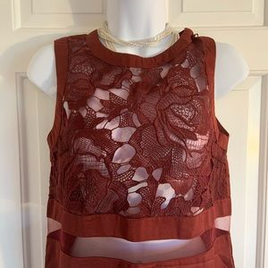 Misguided holiday dress maroon stunner!